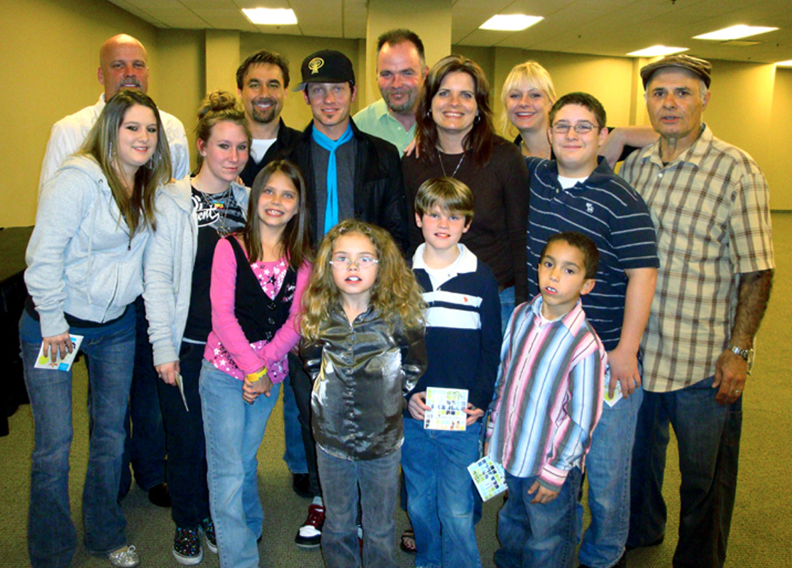 GRAMMY® AWARD WINNER TOBYMAC GIVES KUDOS TO BUILDING A DIFFERENCE